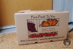Get Your Organic Seasonal Fruits and Veggies Delivered to your Doorstep!